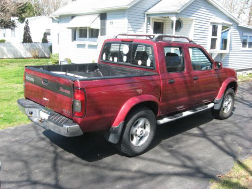 Purchase Used 2000 Nissan Frontier Se V6 Four Door Crew Cab 4 Wheel Drive 6 Cyc Pickup Truck In