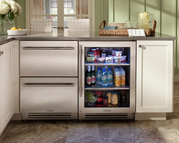 10-mini-refrigerator-under-counter