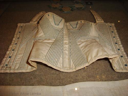 Doll's corset