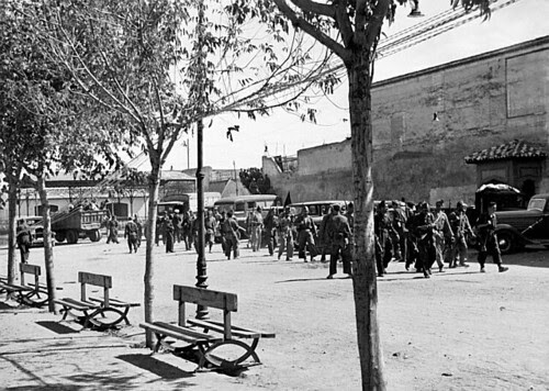 Paseo del Miradero, Toledo en plena guerra civil, septiembre de 1936. Foto Vincent Doherty. Arxiu Comarcal de l'Alt Penedès