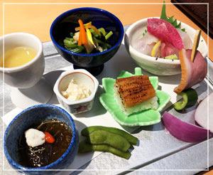 モダンな和食のお店に行ってきました。酒肴盛り合わせが幸せ♪