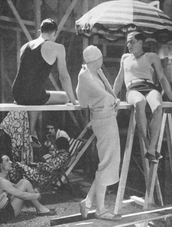 Vogue-ete-1929---Schiaparelli.png
