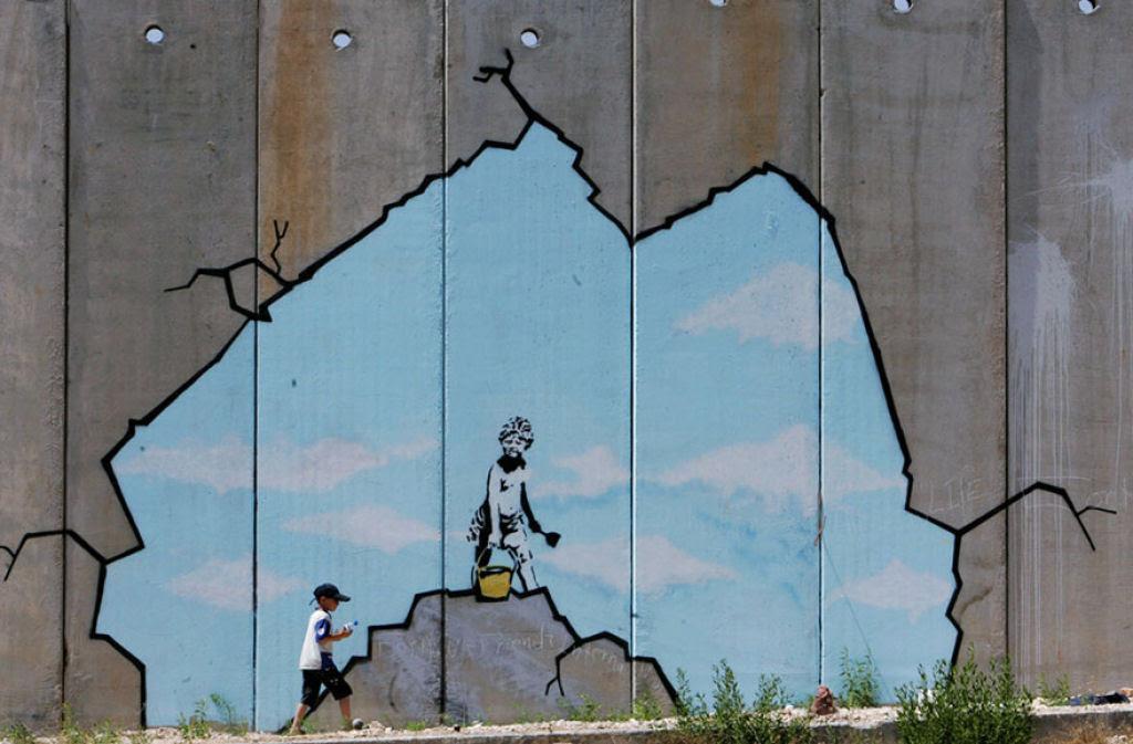 24 eloquentes obras de arte urbana mostrando a desagradável verdade 17