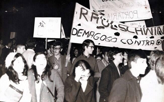Na luta contra o regime, o movimento estudantil assumiu postura mais partidária . Foto: Arquivo Brasil Nunca Mais