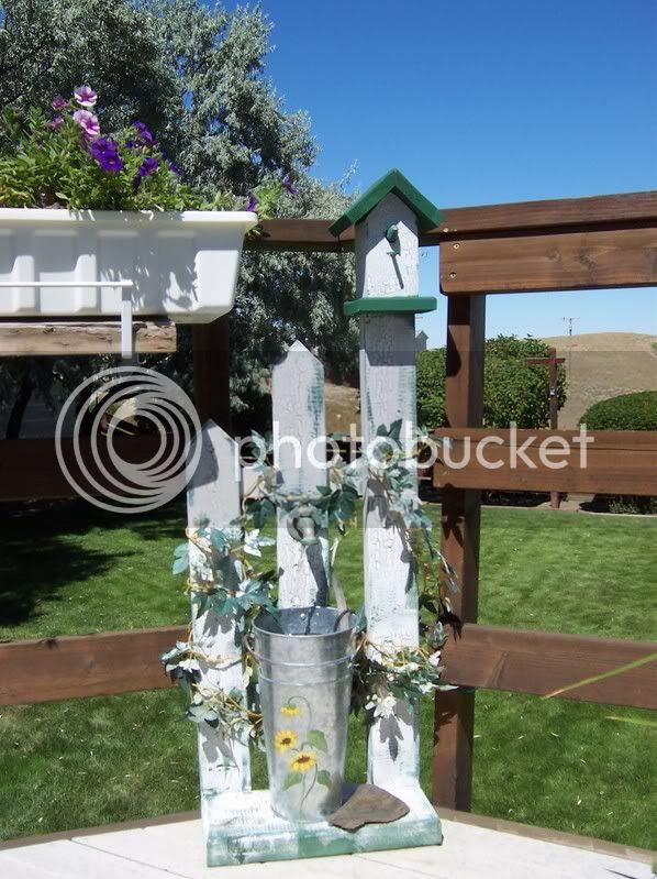 birdhouse fountain