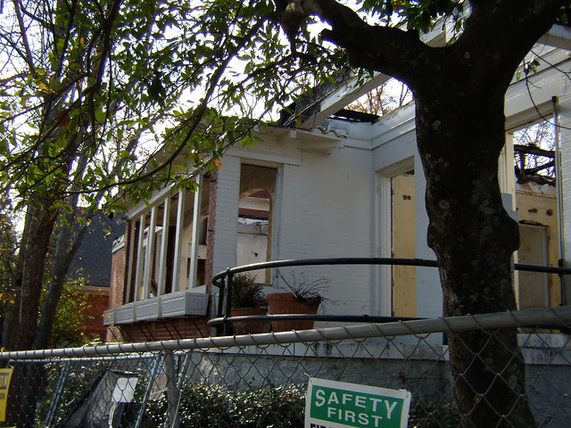 PB281983-2009-11-28-Goose-Burned-Paideia-School-East-Wall
