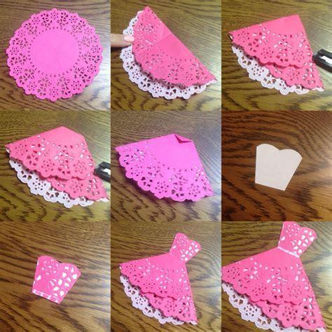How to fold and make doily dress   >>Handmade Cards