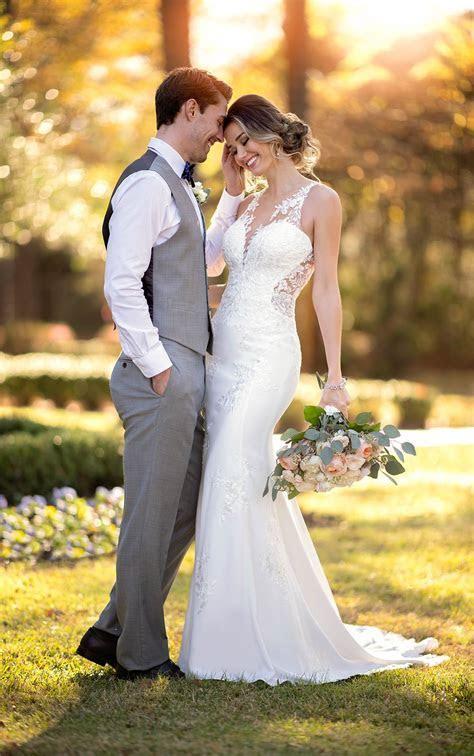Modern Crepe Wedding Dress with Scalloped Train   Stella