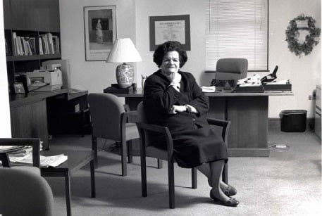 Vola Lawson in the Alexandria city manager's office, a post she held from 1985 to 2000. She was reported to be the first woman to run a local government in the Washington area. (City of Alexandria)