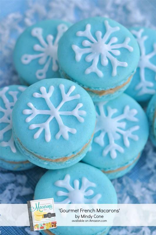 Snowflake Macaron Recipe - via BirdsParty.com