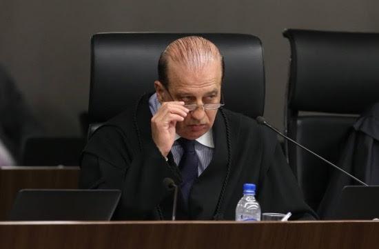 Augusto Nardes, ministro doTribunal de Contas da União (TCU), na sessão de julgamento das contas do governo Dilma Rousseff referentes a2014