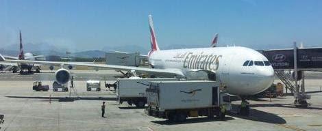 Emirates A340-300 in Cape Town