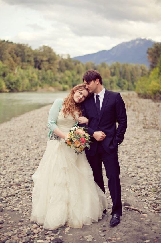 ein neuwertiger cardigan wird ein großer fit für einen Herbst oder Frühling Braut und aktualisieren Sie Ihren look