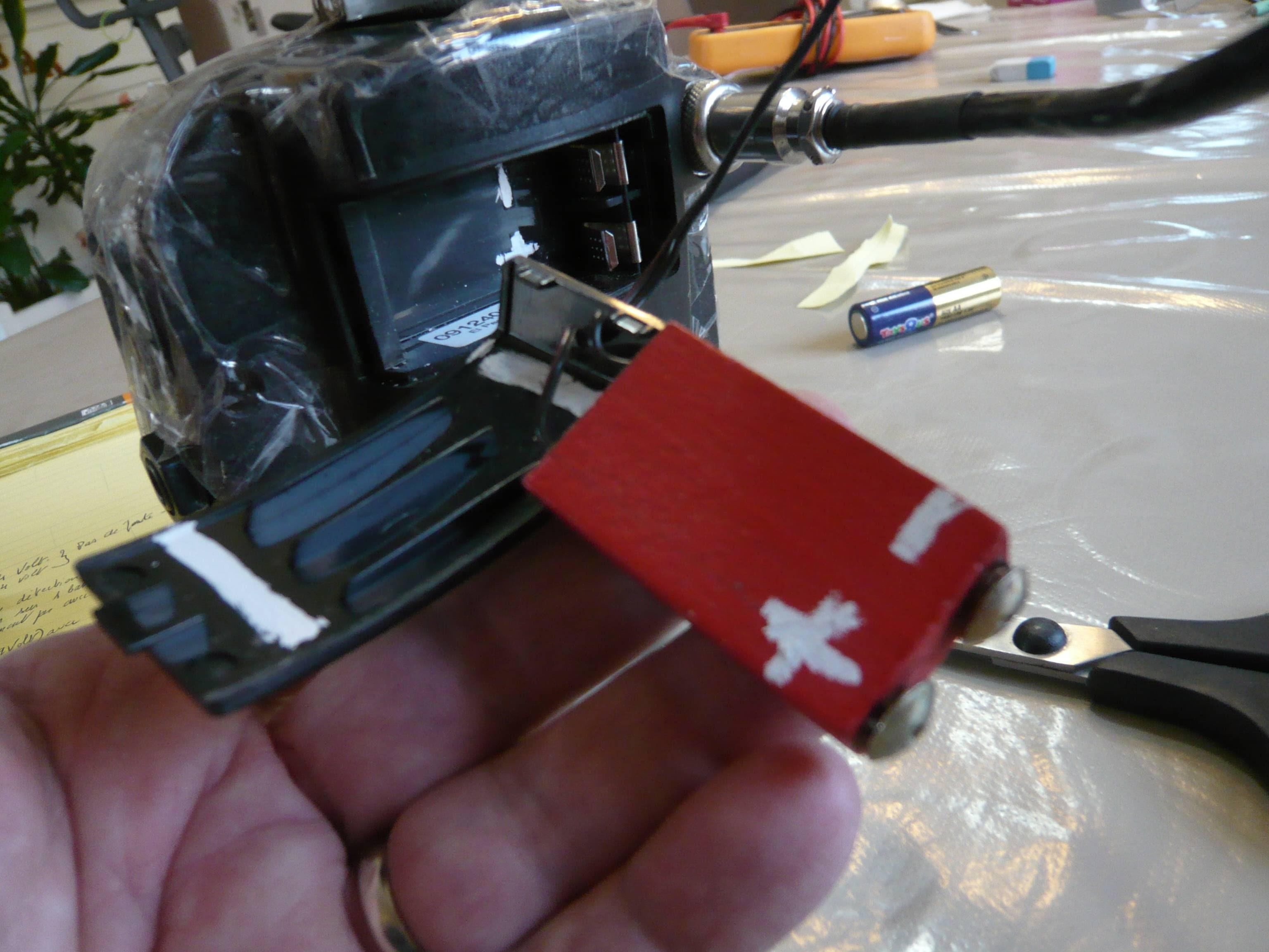 Une Batterie Pour Emplacer Un Pile De 9 Volt Detecteur Net Forum