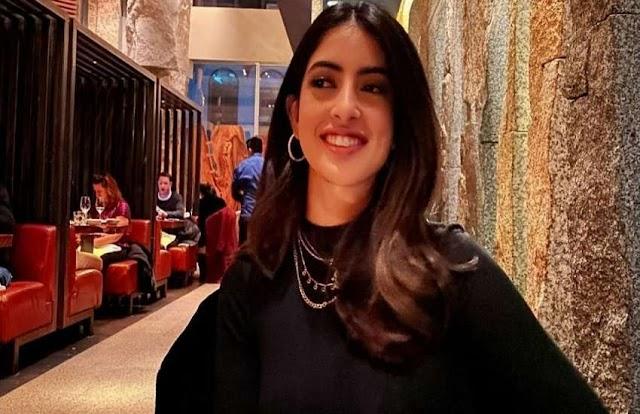 अमिताभ बच्चन की नातिन को यूजर्स बोले, 'तुम्हें नौकरी की जरूरत है', नव्या ने इस अंदाज में की बोलती बंद