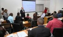 Francisco Domínguez Brito habla en una actividad sobre capacitación de fiscales.