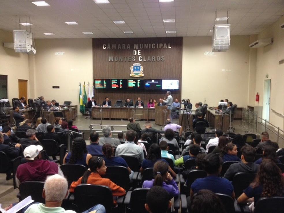 Audiência discute proposta na Câmara de Vereadores (Foto: Valdivan Veloso/G1)