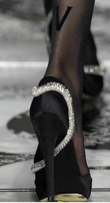 aboutheels:  Valentino
