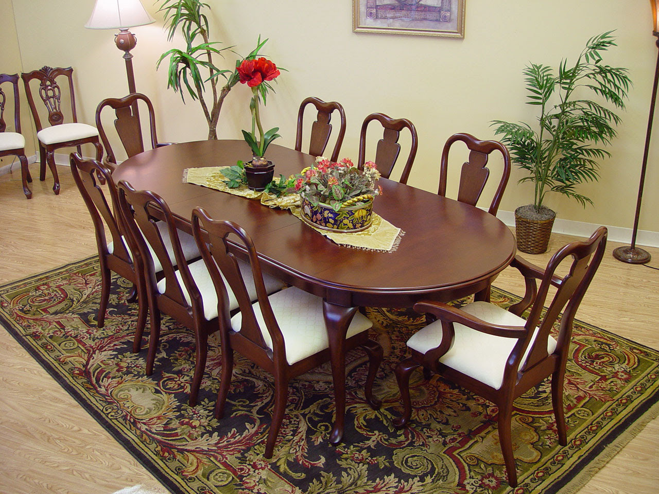 mahogany dining table and chair set ebay the table and chairs have a