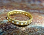 Gold and Diamonds Wedding Ring - AurumJewelry