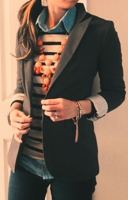 Black blazer, dress shirt, necklace and jeans for fall