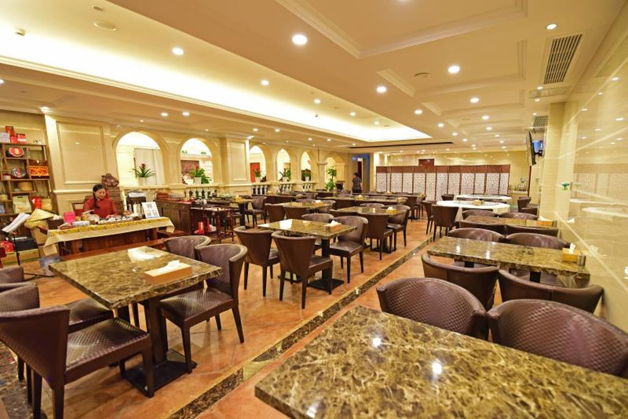 Price Vienna Hotel Shanghai Pudong Airport Heqing Branch