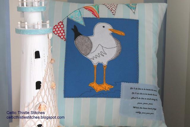 Seagull cushion cover