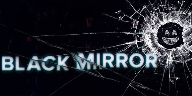 photo BlackMirror.jpg