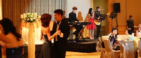 Why You Should Hire a Live Band for Your Wedding » The My