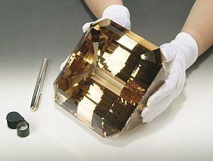 Resultado de imagen para topacio dourado de 6 quilos