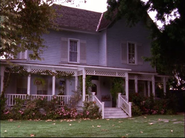Lorelai's house-early in series