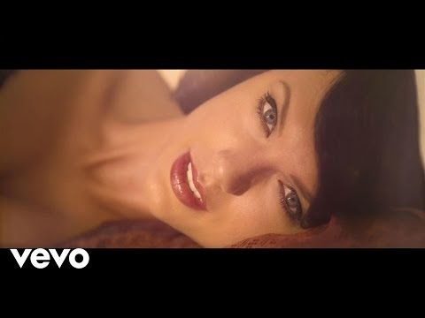 Wildest Dreams - Taylor Swift (Video and Lyrics)