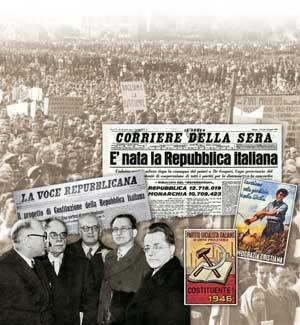 Na foto ao fundo, uma manifestação  pela Constituinte em Turim, em outubro de 1945; o Corriere della Sera de 6 de junho de 1946, La Voce Repubblicana  de 9 de outubro de 1947, um manifesto do Partido Socialista Italiano de unidade proletária e um da Democracia Cristã,  uma foto de Nenni, Ruini, Vernocchi, De Gasperi e Togliatti  na época do primeiro governo De Gasperi (10 de dezembro  de 1945 a 13 de julho de 1946