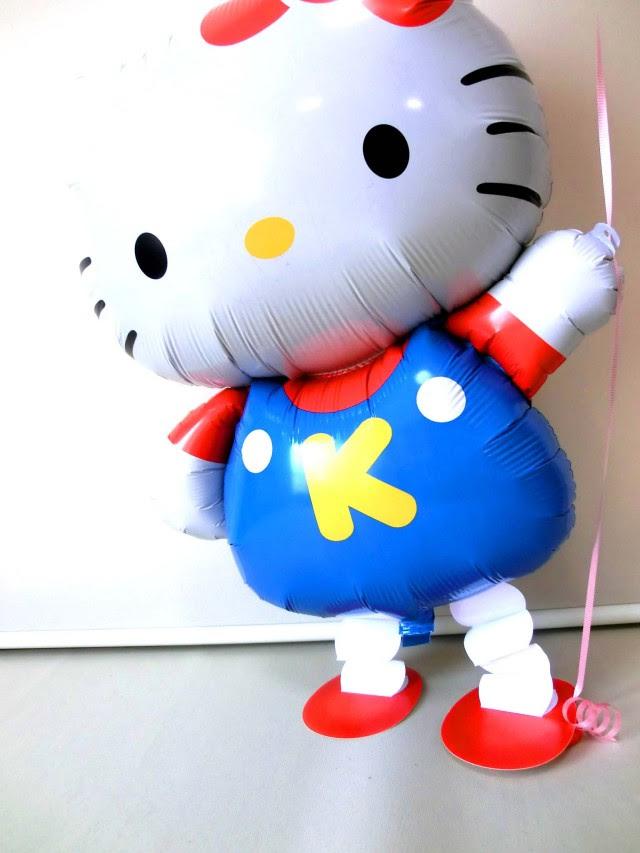 お誕生日祝送料無料数字のバルーン付キティちゃんバルーンバルーン