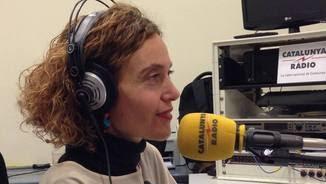 """La diputada socialista Meritxell Batet, durant l'entrevista al programa """"L'Oracle"""""""