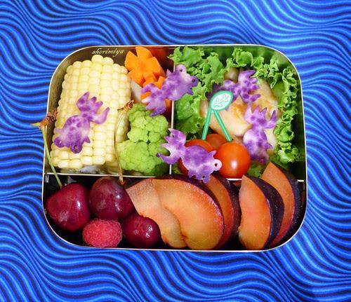 Purple Goldfish Bento by sherimiya ♥