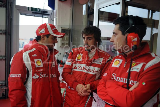 Fernando Alonso, Felipe Massa y Andrea Stella