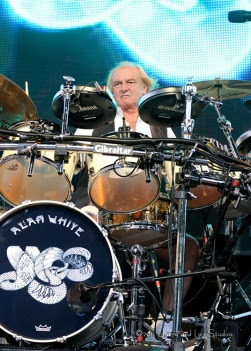 Alan White drums. Image courtesy of Yes official site
