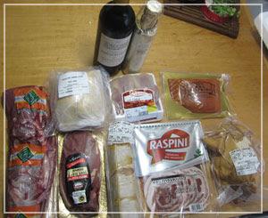 「ハイ食材室」の福袋。お肉の山だ~♪