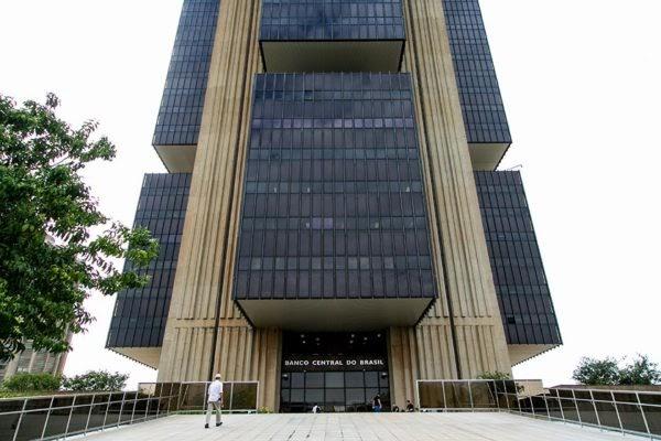 Maioria do STF mantém lei que determinou autonomia do Banco Central