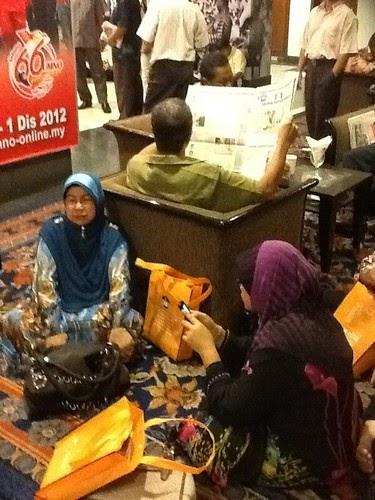 Woooo...Ramainya orang Kelantan