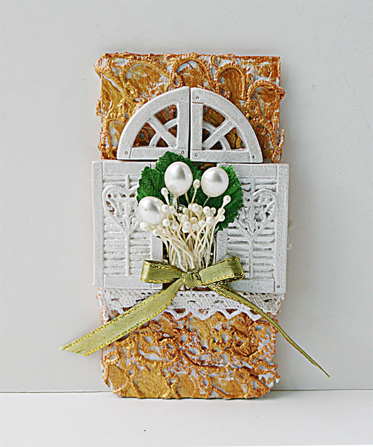 Floral-window-textured-tag