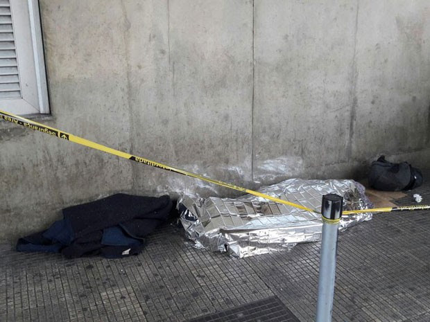 Morador de rua é encontrado morto na estação Belém do Metrô, em São Paulo (Foto: Eduardo Xavier/Arquivo pessoal)