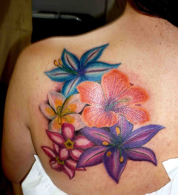 Flores Hawaianas Tattoo Gallery Of Flores Con Huellitas Ink Tattoo