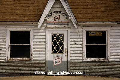 Old Filling Station, Cedar County, Iowa