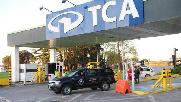 TCA, el deposito donde hallaron los barriles con efedrina, en el aeropuerto de Ezeiza. Foto: Emmanuel Fernandez.