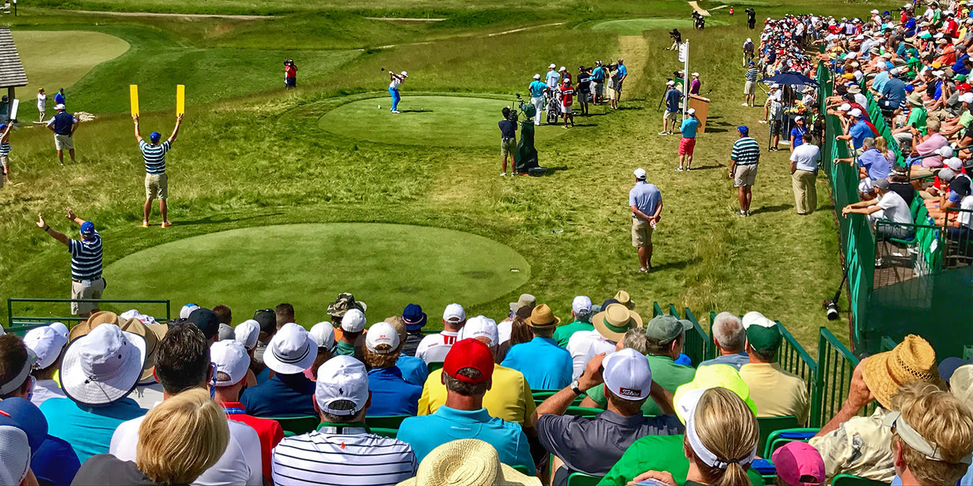 Rickie Fowler on the tee at Erin Hills