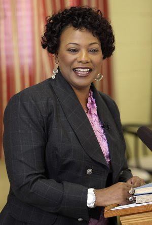Daughter of the late Dr. Martin Luther King, Jr., Bernice King, has announced her resignation from the organization founded by her father in 1957, the Southern Christian Leadership Conference (SCLC). She has also left the church of Bishop Long. by Pan-African News Wire File Photos