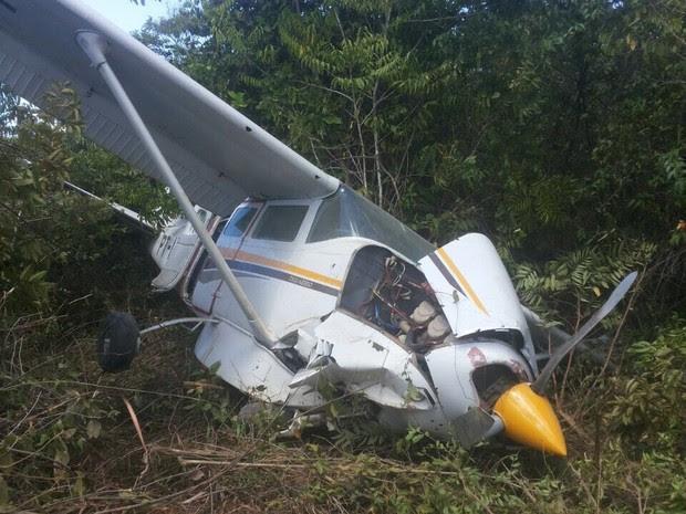 Avião caiu na comunidade do caju neste domingo (Foto: Arquivo pessoal/ Marilia Caju)