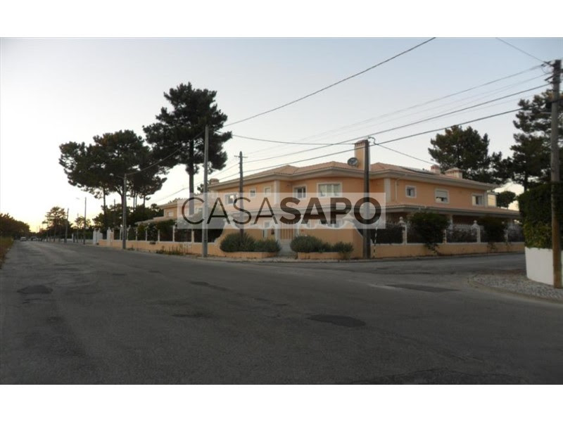 http://imobiliariaelite.pt/imovel/1340484/moradia-isolada-v5-a-5mm-do-golf-e-da-praia-c-100-de-financiamento-seixal-venda